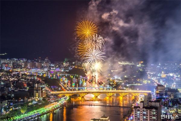 진주남강유등축제.jpg