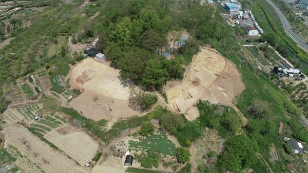 사진2.김해유하리유적발굴조사모습.JPG